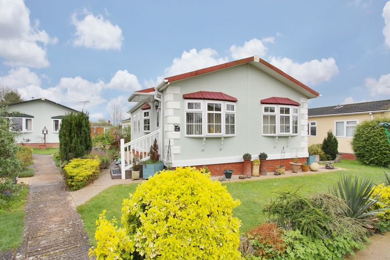 2 Bedrooms Detached Bungalow for sale in Mullenscote Mobile Home Park, Andover