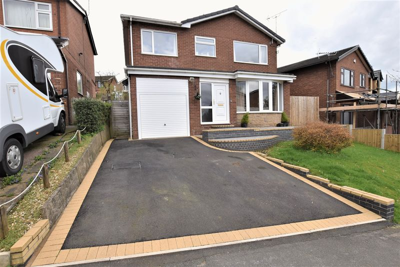 4 Bedrooms Detached House for sale in Harvey Road, Congleton