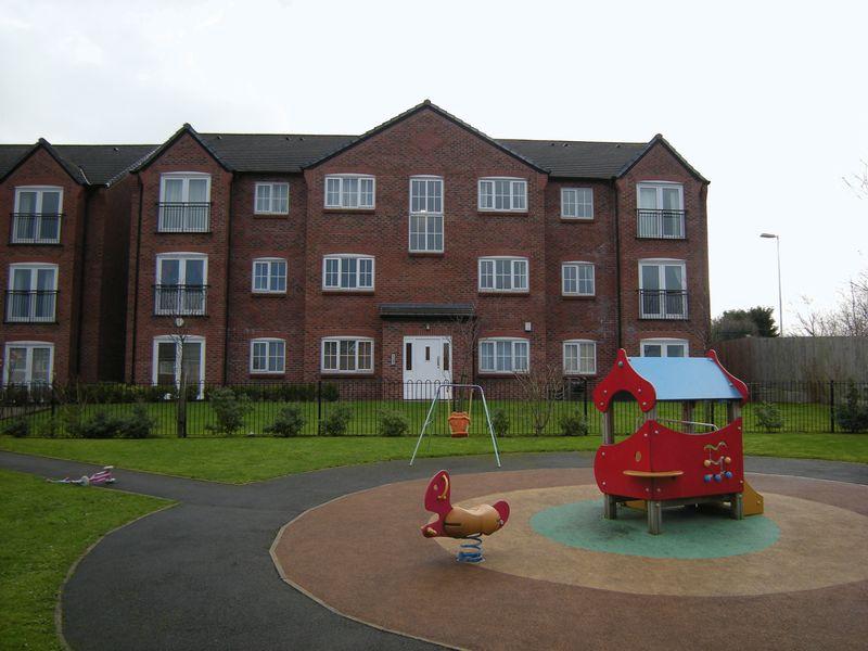 Chamberlain Gardens Bredbury