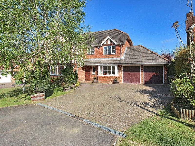 5 Bedrooms Detached House for sale in Littlewood Lane, Buxted