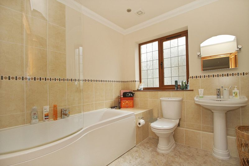 Photo 20 Grove Hill, Hellingly, East Sussex, BN27