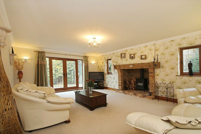 Photo 3 Grove Hill, Hellingly, East Sussex, BN27