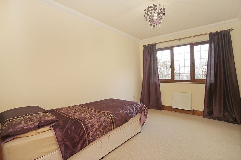 Photo 21 Grove Hill, Hellingly, East Sussex, BN27