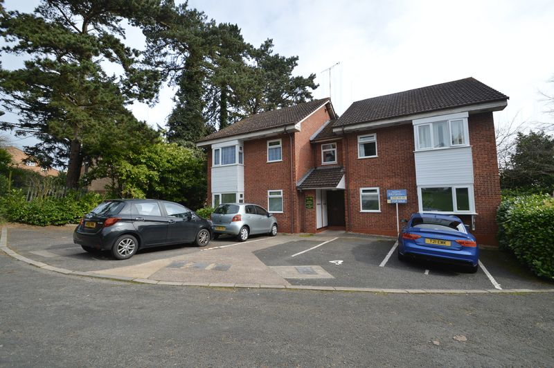 1 Bedroom Flat for sale in The Firs, Hillside, Southcrest