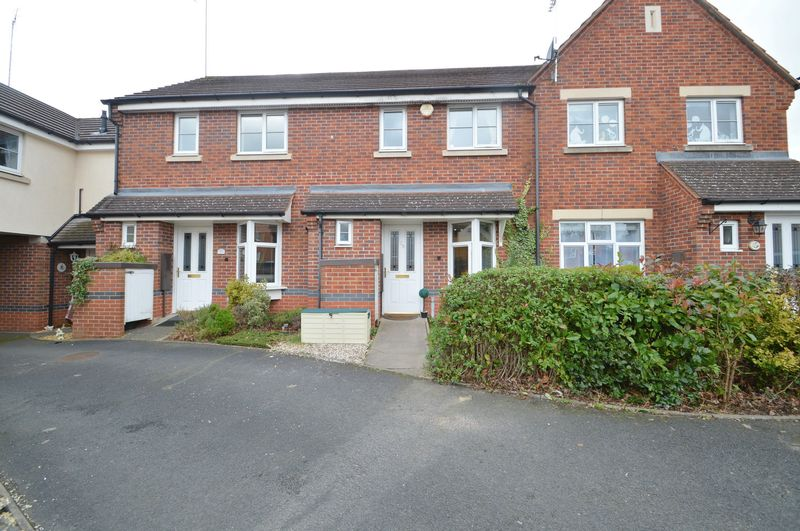 2 Bedrooms Terraced House for sale in Britannia Close, Smallwood