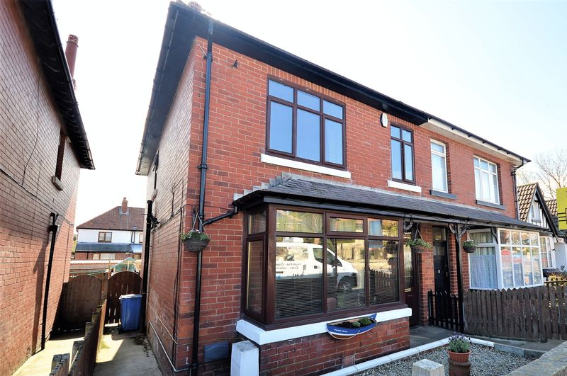 4 Bedrooms Semi Detached House for sale in Upgang Lane, Whitby