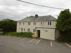 Burngullow Lane High Street