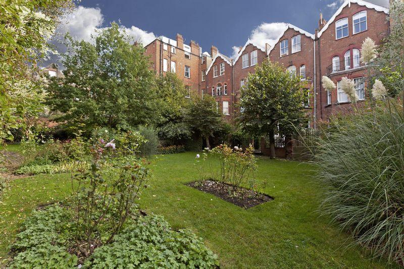 Greencroft Gardens