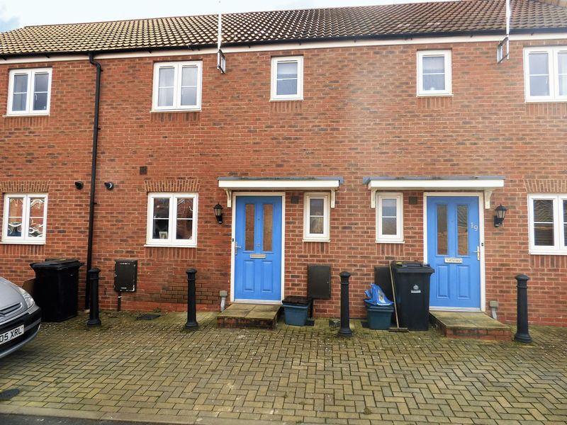 2 Bedrooms Terraced House for sale in Northolt Way Kingsway, Gloucester