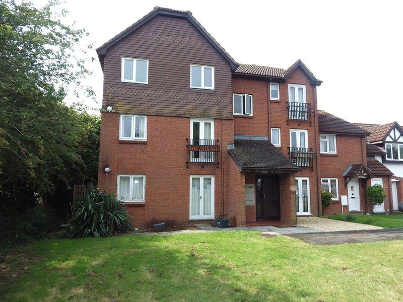 1 Bedroom Flat for sale in Foxcroft Close, Bradley Stoke
