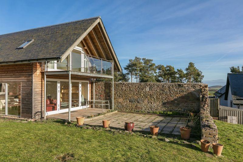 Huntshaw Cottage patio area