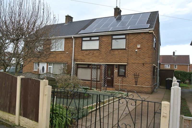 3 Bedrooms Semi Detached House for sale in Brandreth Avenue, Sutton-In-Ashfield, NG17 2BY