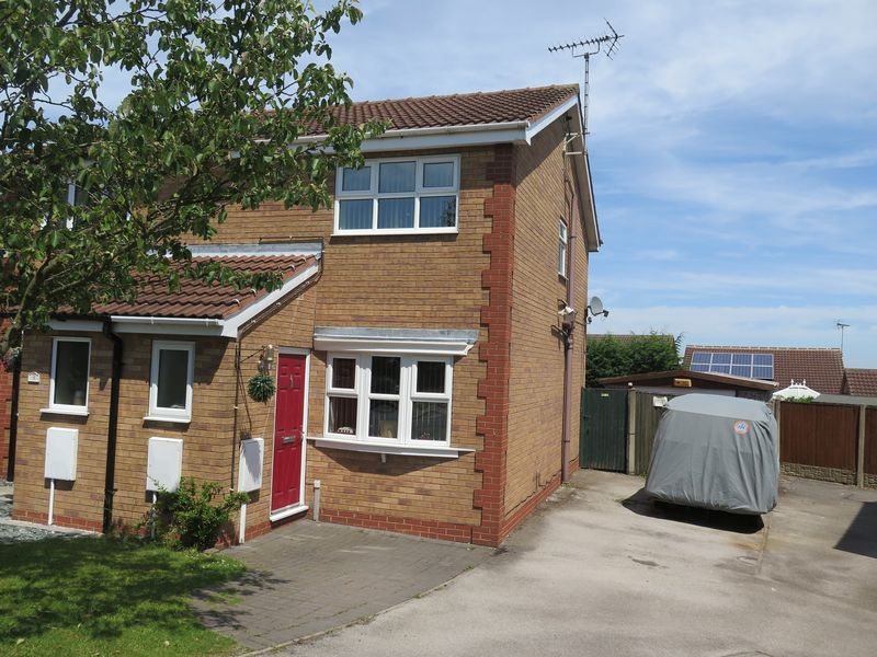 2 Bedrooms Semi Detached House for sale in Wentworth Close, Mansfield