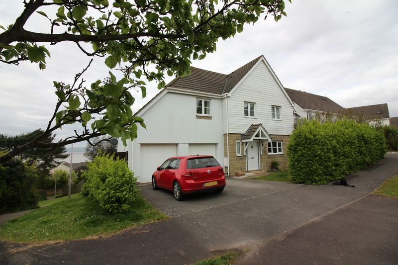 4 Bedrooms Detached House for sale in Charlcombe Rise, Portishead