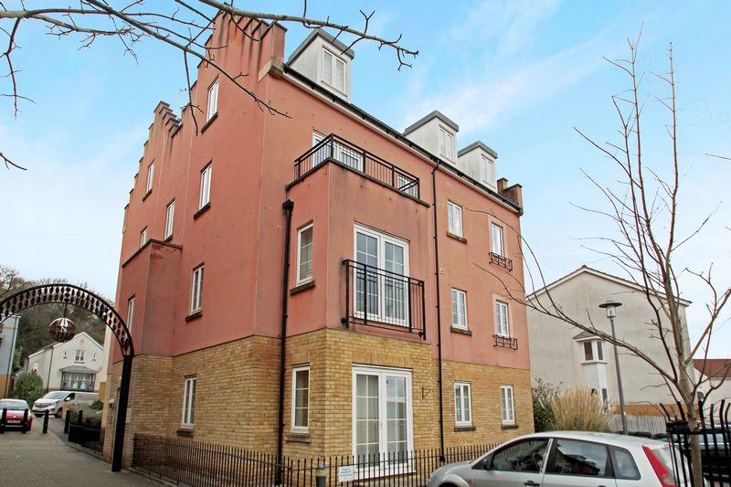 4 Bedrooms Flat for sale in Sally Hill, Portishead