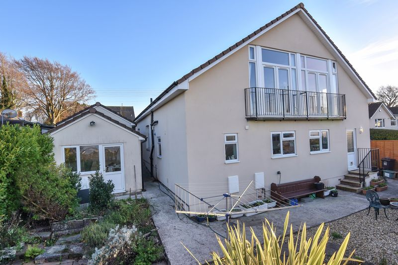 5 Bedrooms Detached House for sale in Down Road, Portishead