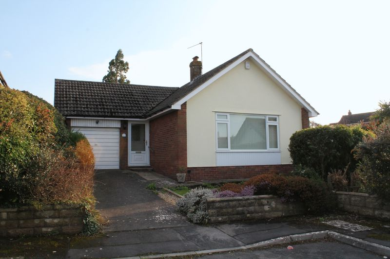 2 Bedrooms Detached Bungalow for sale in Denny Close, Portishead