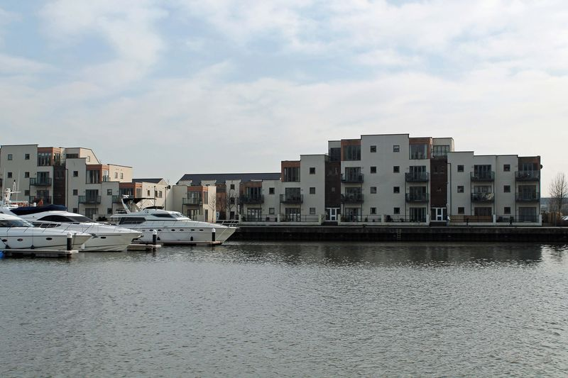 2 Bedrooms Flat for sale in The Anchorage, Portishead