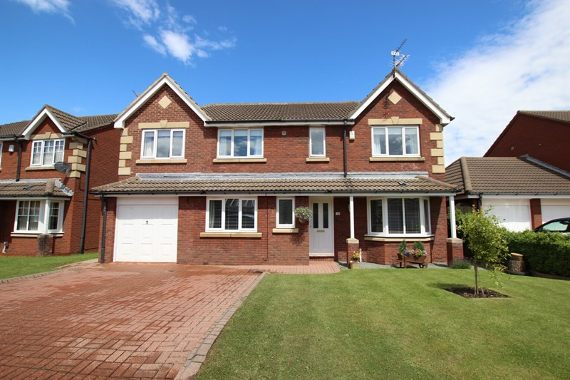 4 Bedrooms Detached House for sale in Kinmel Close, Redcar