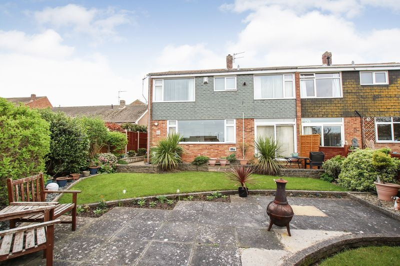 4 Bedrooms Semi Detached House for sale in Hawkins Close, Marske