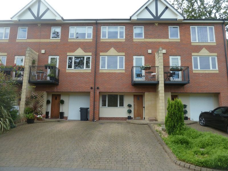 4 Bedrooms Mews House for sale in The Residences, Scholes Lane, Prestwich, Manchester