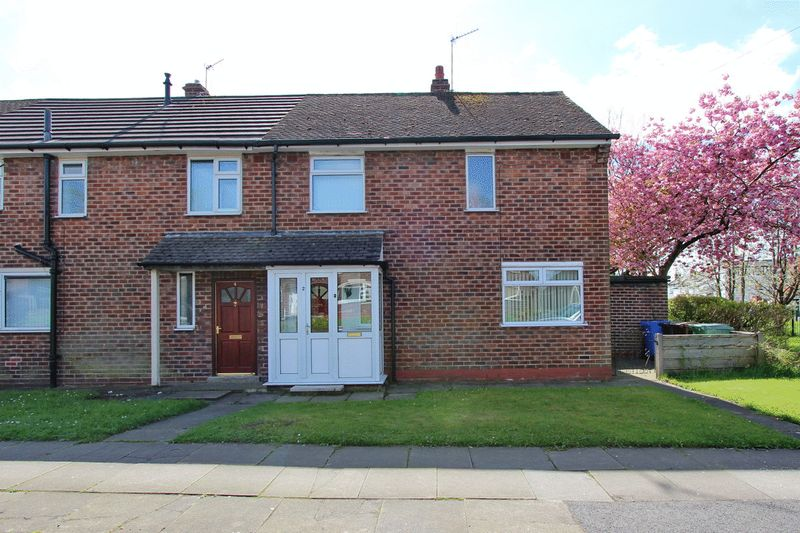 2 Bedrooms Terraced House for sale in Rufford Drive, Whitefield, Manchester