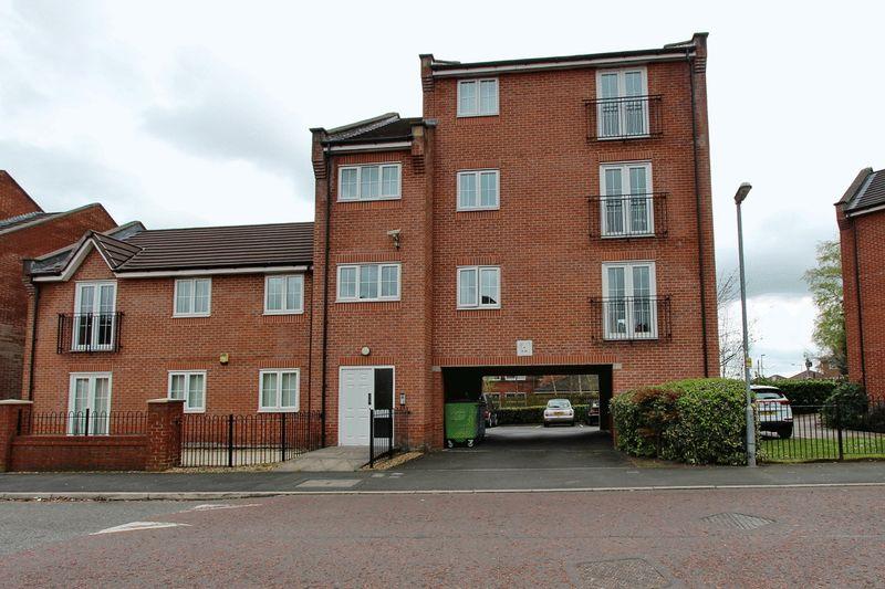 1 Bedroom Flat for sale in Valley Mill Lane, Bury