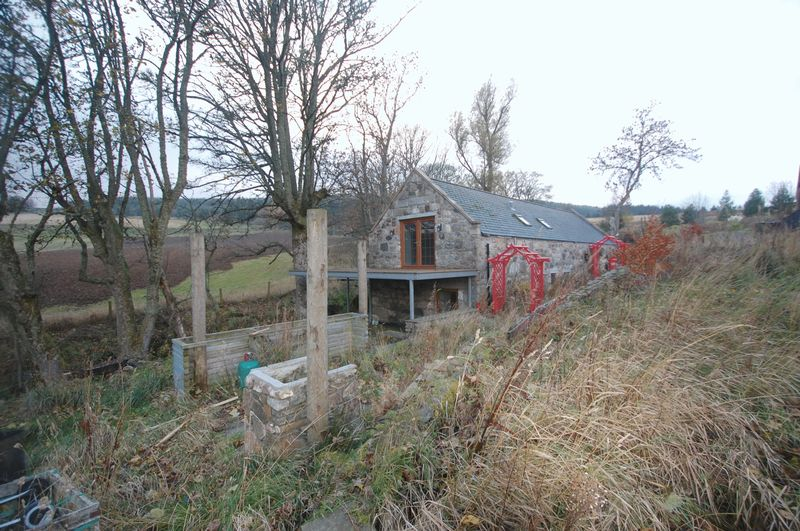 Silverburn Steading Bogs of Leslie