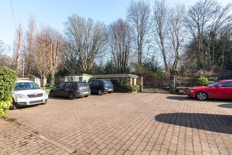 Kirklee Gardens Kelvinside