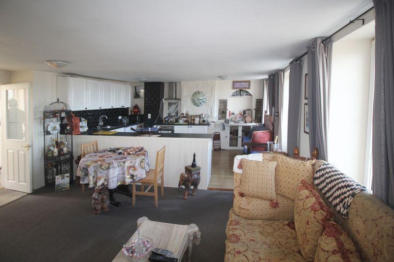 Duplex - open plan kitchen/lounge/diner