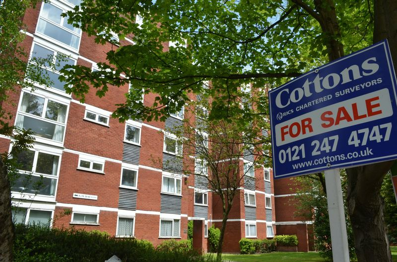 2 Bedrooms Flat for sale in Holly Mount, Hagley Road, Edgbaston