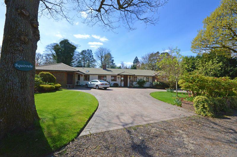 4 Bedrooms Detached Bungalow for sale in Church Lane, Grayshott