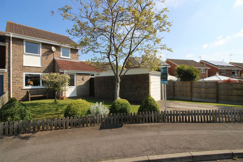 4 Bedrooms House for sale in Tetbury Gardens, Nailsea