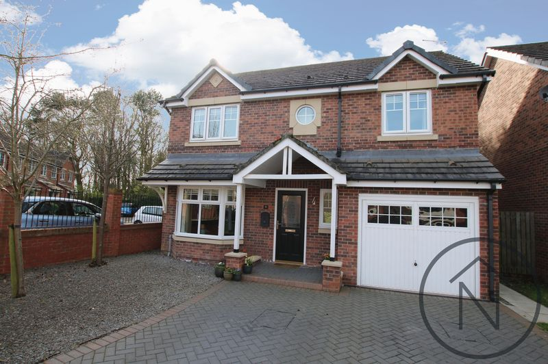 4 Bedrooms Detached House for sale in Hamilton Close, Newton Aycliffe