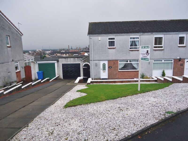 3 Bedrooms Semi Detached House for sale in 24 Nevis Crescent, Alloa
