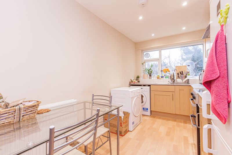 Nursery Close Headington