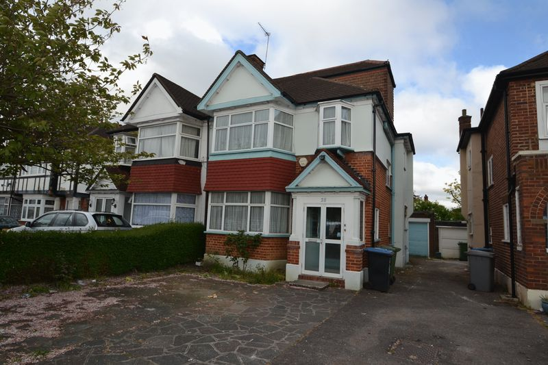 4 Bedrooms Semi Detached House for sale in Preston Hill, Harrow