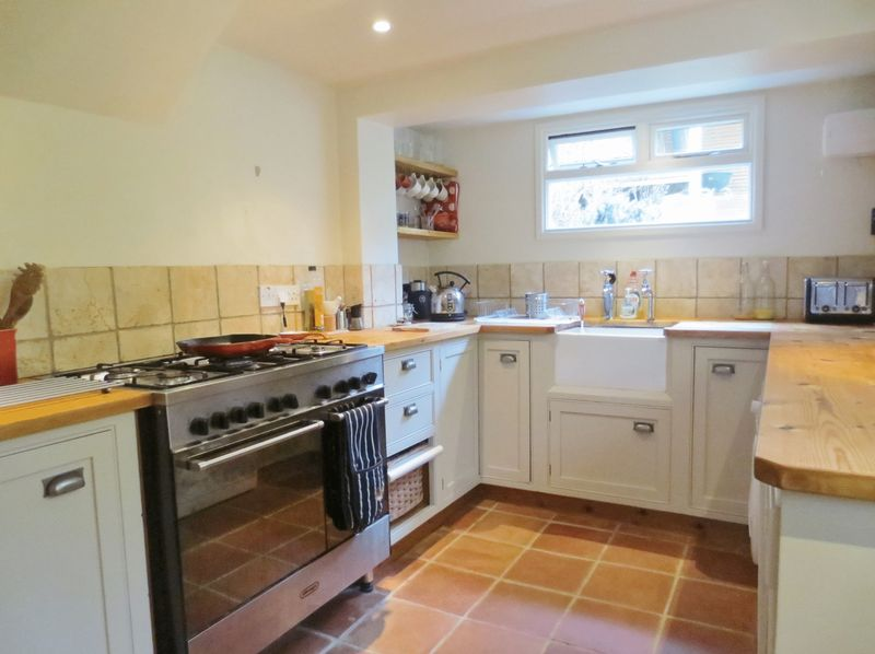 2 Bedrooms Terraced House for sale in Arnold Street, Brighton