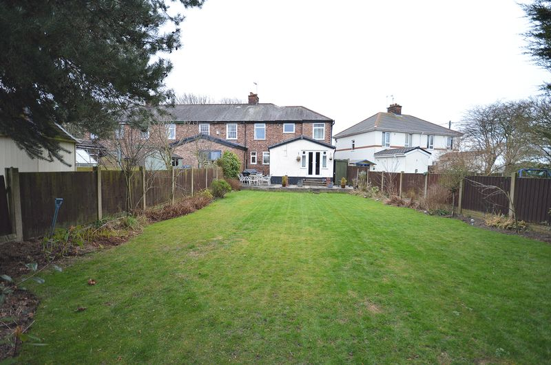3 Bedrooms Terraced House for sale in Brook View, Chapel Lane, Widnes