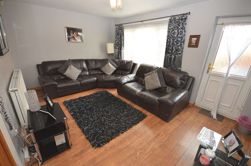 4 Bedrooms Terraced House for sale in Bridge View Close, Widnes