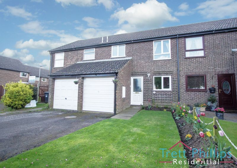 3 Bedrooms Terraced House for sale in Calthorpe Close, Stalham