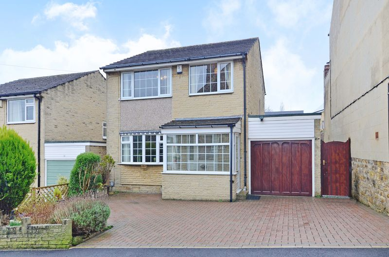 3 Bedrooms Detached House for sale in Hanson Road, Loxley, Sheffield