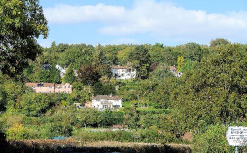 7 Clevedon Walk