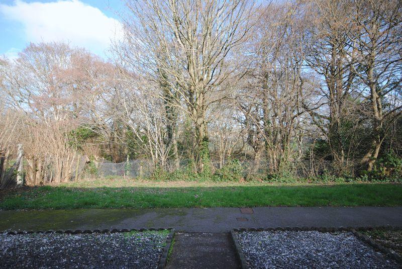 Carlyon Gardens Heavitree