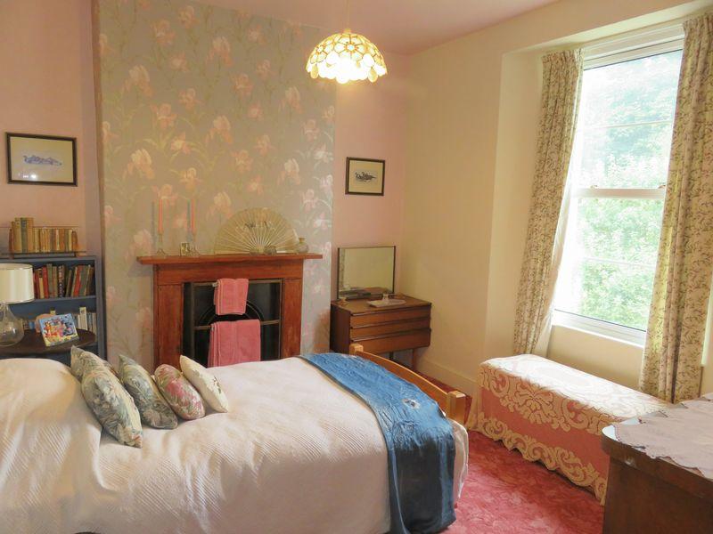 Courtenay Terrace Moretonhampstead
