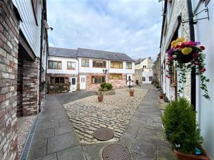 St. Lawrence Mews