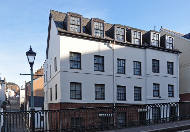Lower North Street St Davids