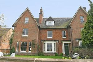 Ailstone House Atherstone On Stour