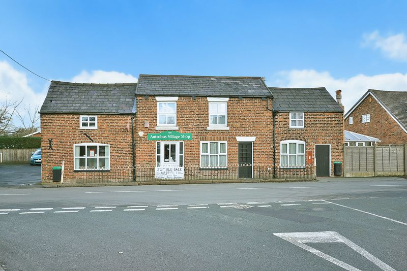 5 Bedrooms Detached House for sale in Knutsford Road, Antrobus, Warrington