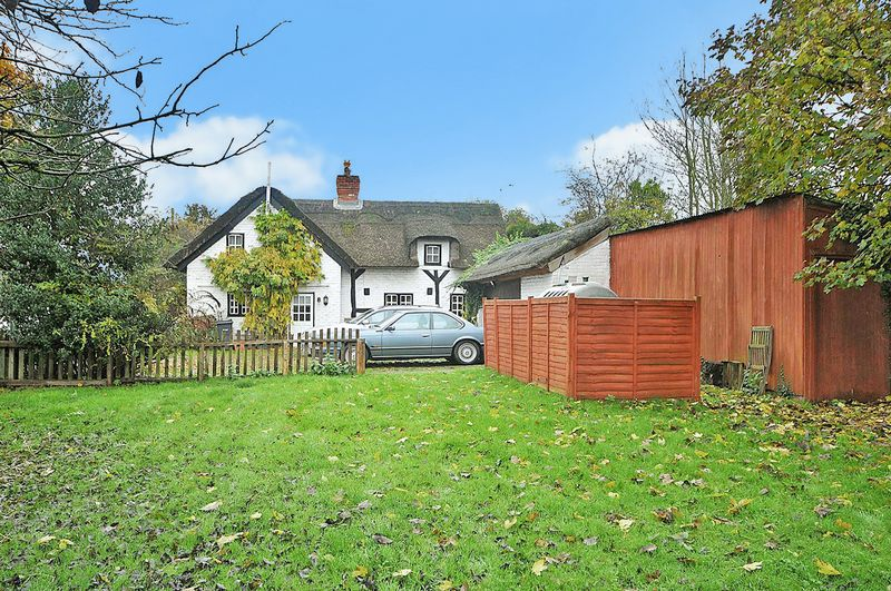 3 Bedrooms Detached House for sale in Warrington Road, Little Leigh, Northwich